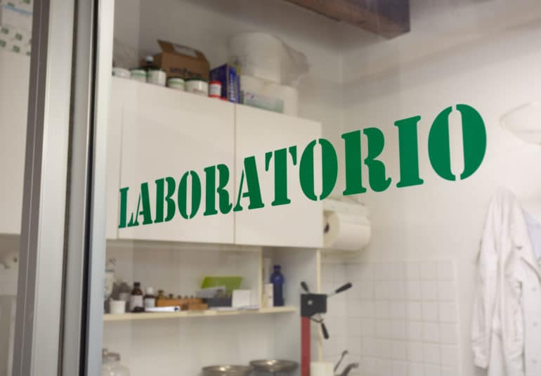 slide-laboratorio
